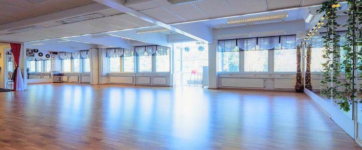 Hyvän mielen tanssikoulu